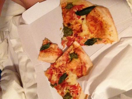 Pizza, Kekse und ganz viel Glück!