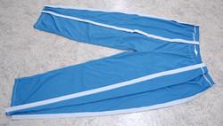 Pantalone pigiama aperto di fianco