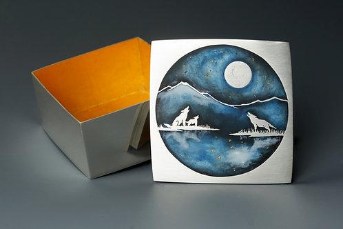 Wolf Moon Reflection Box