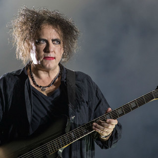 Robert Smith se une a Gorillaz