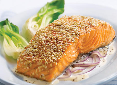 sesame-salmon-fillets-with-red-onion-and-ginger-cream_large