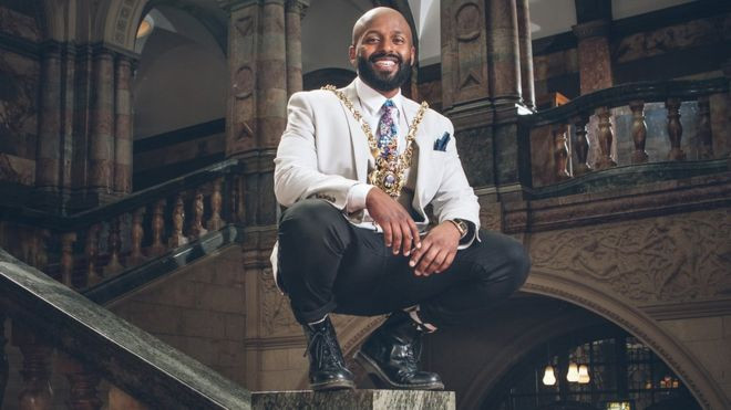 Former refugee Magid Magid becomes Sheffield's Lord Mayor