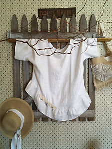 Feather Linen Top Tunic