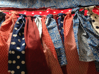 How to Make Victorian Tailor 4th of July Fringe Bunting