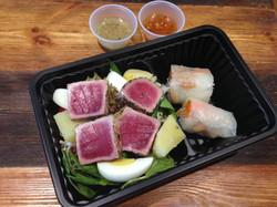 Tuna nicoise salad & rice roll