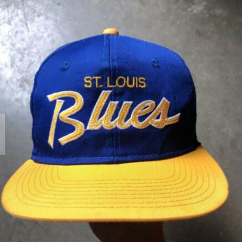 Vintage Sports Specialties St. Louis Blues NHL Script Snapback