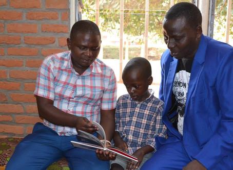 Reading Deepens Family Bonds