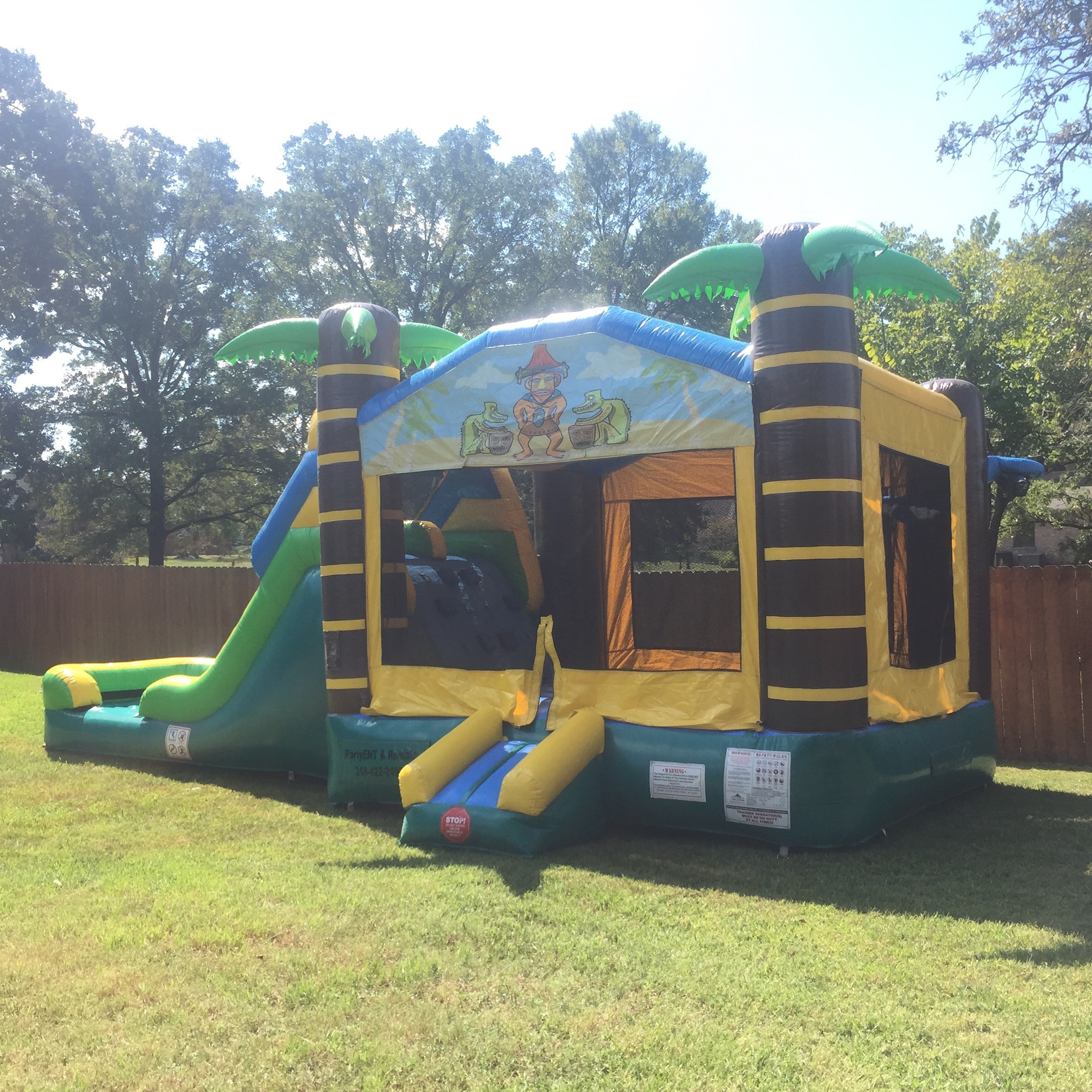 3 in 1 bounce house ( WET )