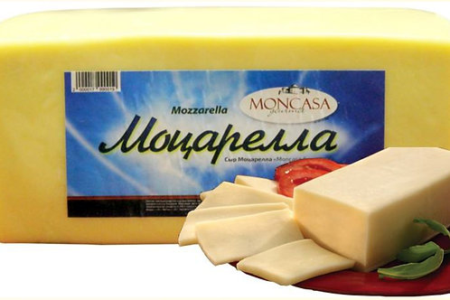 "Сыр Моцарелла ""Moncasa Gourmet"" брусок"