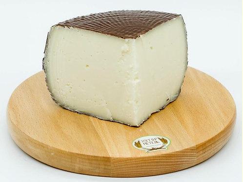 """Сыр из смеси козьего,коровьего,овечьего молока """"Качиотта Миста""""  м.д.ж.50%"""