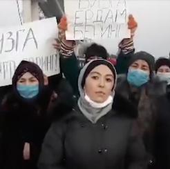 UZBEKISTAN - Oil workers on strike