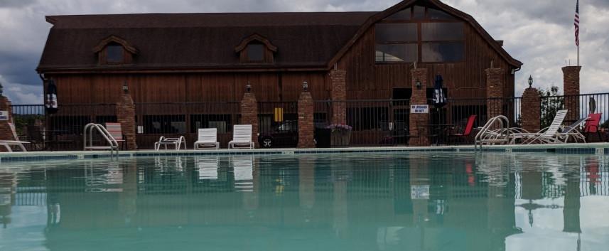 Pool Bar, Golf and Game Room