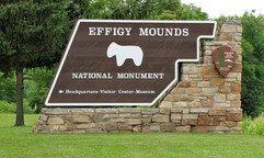Effigy Mounds Main Enterance.jpg