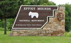 Effigy Mounds Main Enterance.jpg