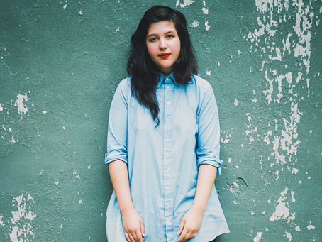 Wed Music. Dancing in the dark by Lucy Dacus.