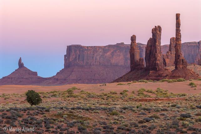 Monument Valley Navajo Reserve, Arizona