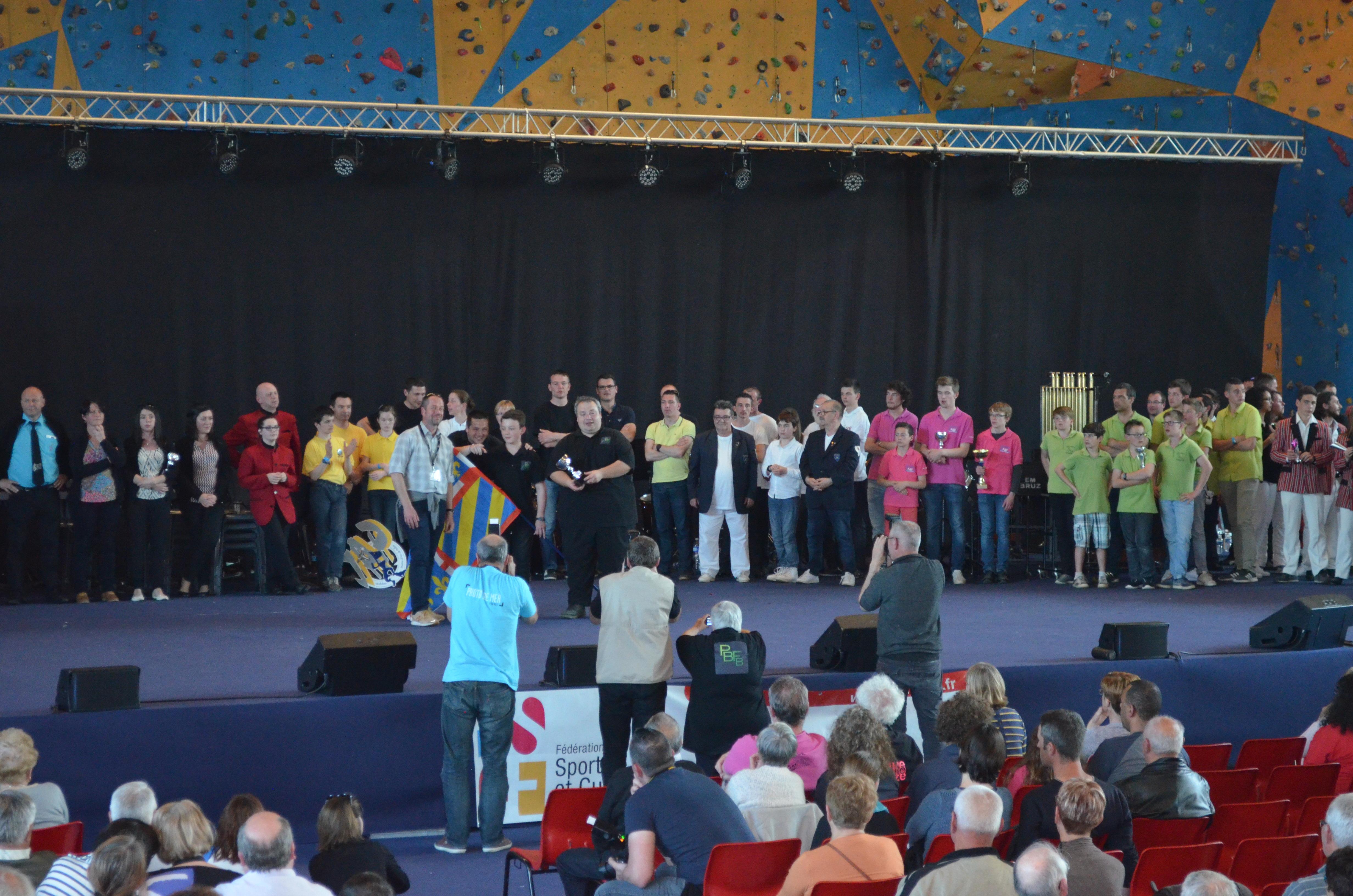 1er prix mention T Bien en musique de rue
