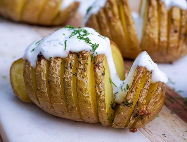 Hasslebeck Potatoes with creamy dill sauce