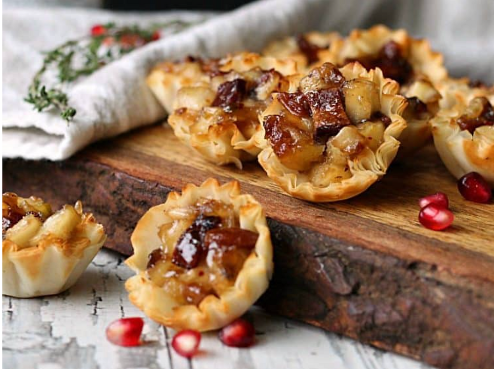 Wonton cups filled with holiday flavors!