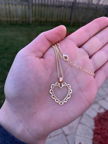 Frilly Golden Heart Necklace
