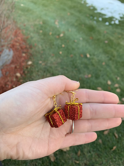 Red Miniature Present Earrings
