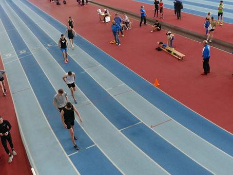 Дмитрий Пасечник: новый рекорд манежа Байкал-Арены в забеге на 600 метров