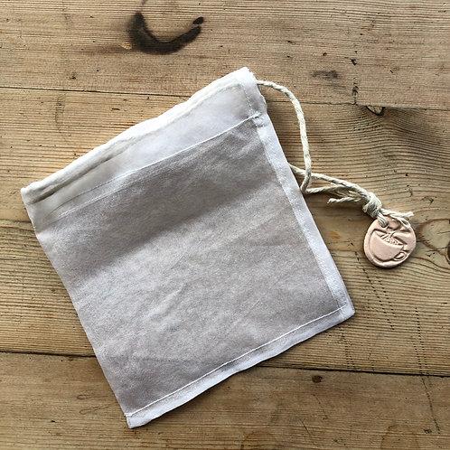 Handmade Re-usable Drawstring Tea Bag in Organic Silk by Studio Slug