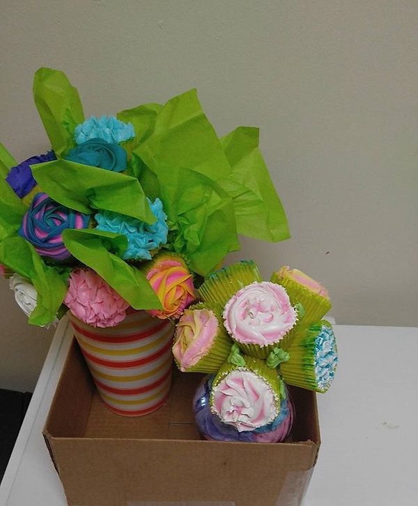 #LatePost Flower Cupcake Bouquets! #dmvb