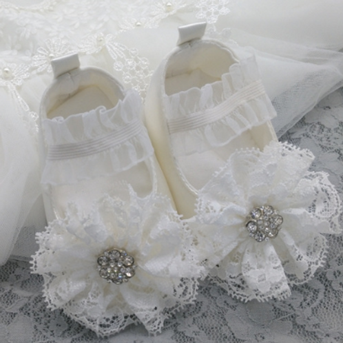 Floral Lace Crystal Shoes