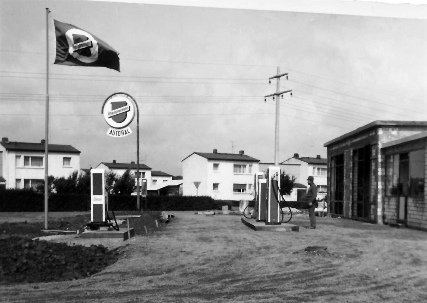 Tankstelle 1