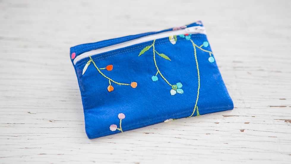Flowers and buds EO Pouch