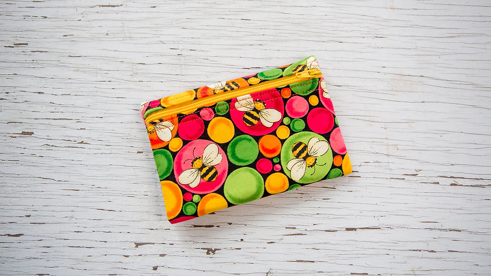 Busy Bee EO Pouch