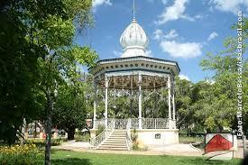 Parque_das_aguas_de_caxambu_chalés_de_m