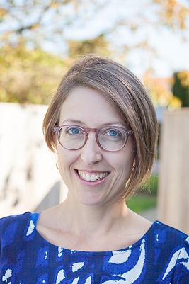 Dr. Evelien Brigou