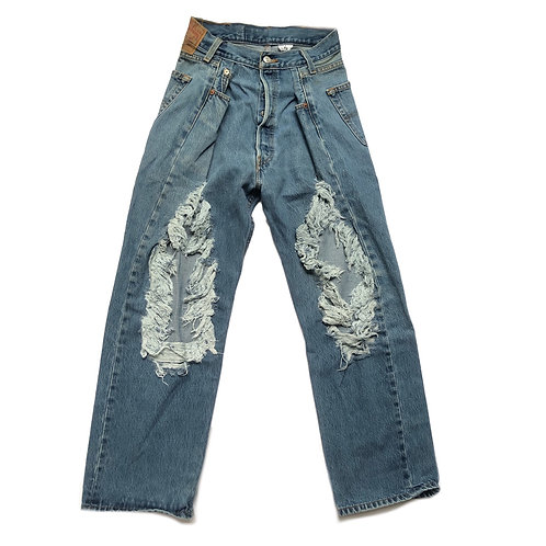 MOMSTYLE VINTAGE RIPPED JEANS 01