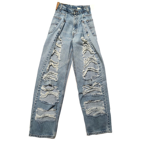 MOMSTYLE VINTAGE RIPPED JEANS 02