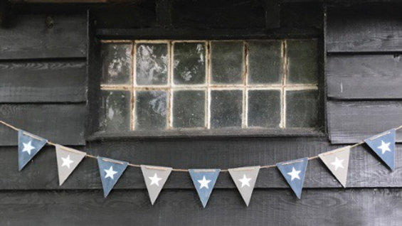 Wooden Bunting - Navy & Grey with Stars