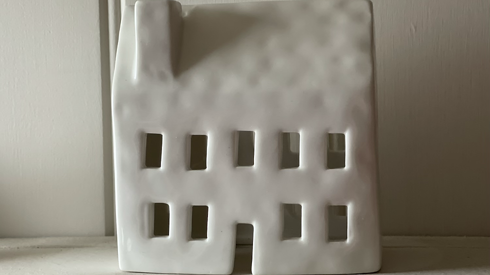 White Ceramic Tealight House