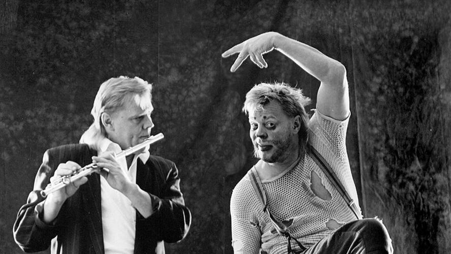 35 Vesa-Matti Loiri. Actor and musician. Helsinki 1990