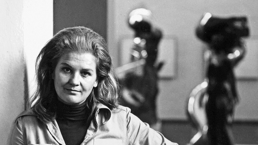09 Laila Pullinen. Scuptor. Helsinki 1975