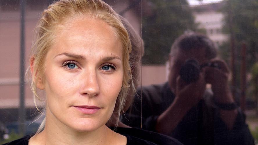 34 Laura Malmivaara. Helsinki 2004