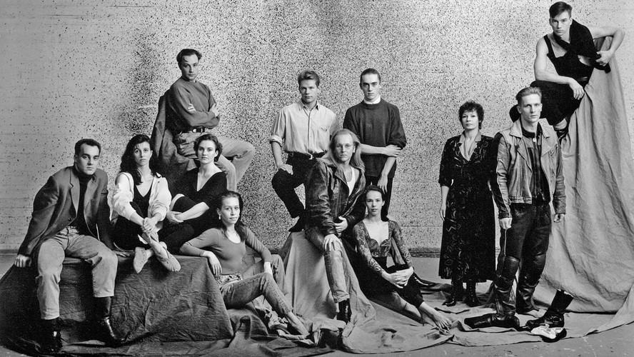 37 Helsinki City Theatre Dance Group. Helsinki1992
