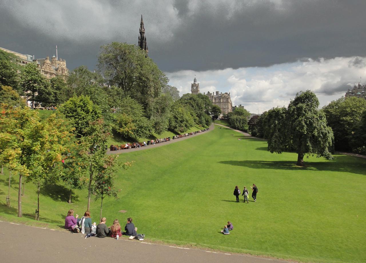 26 Edinburgh 2011