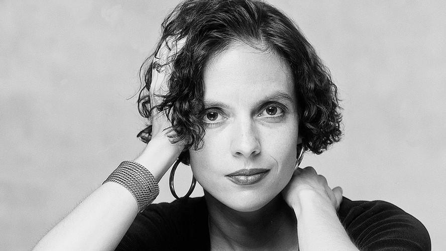 43 Anna-Leena Härkönen. Novelist and actress. Helsinki 1995