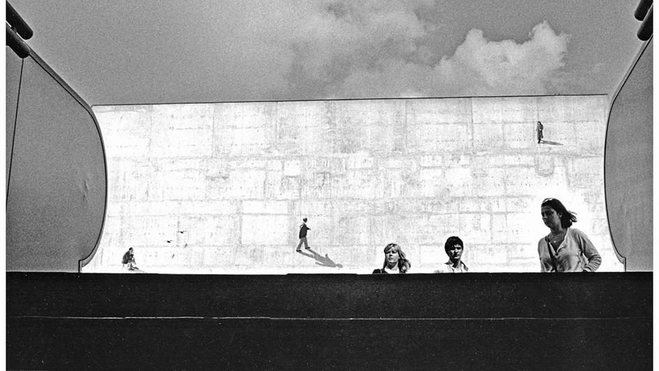 24 Paris 1985