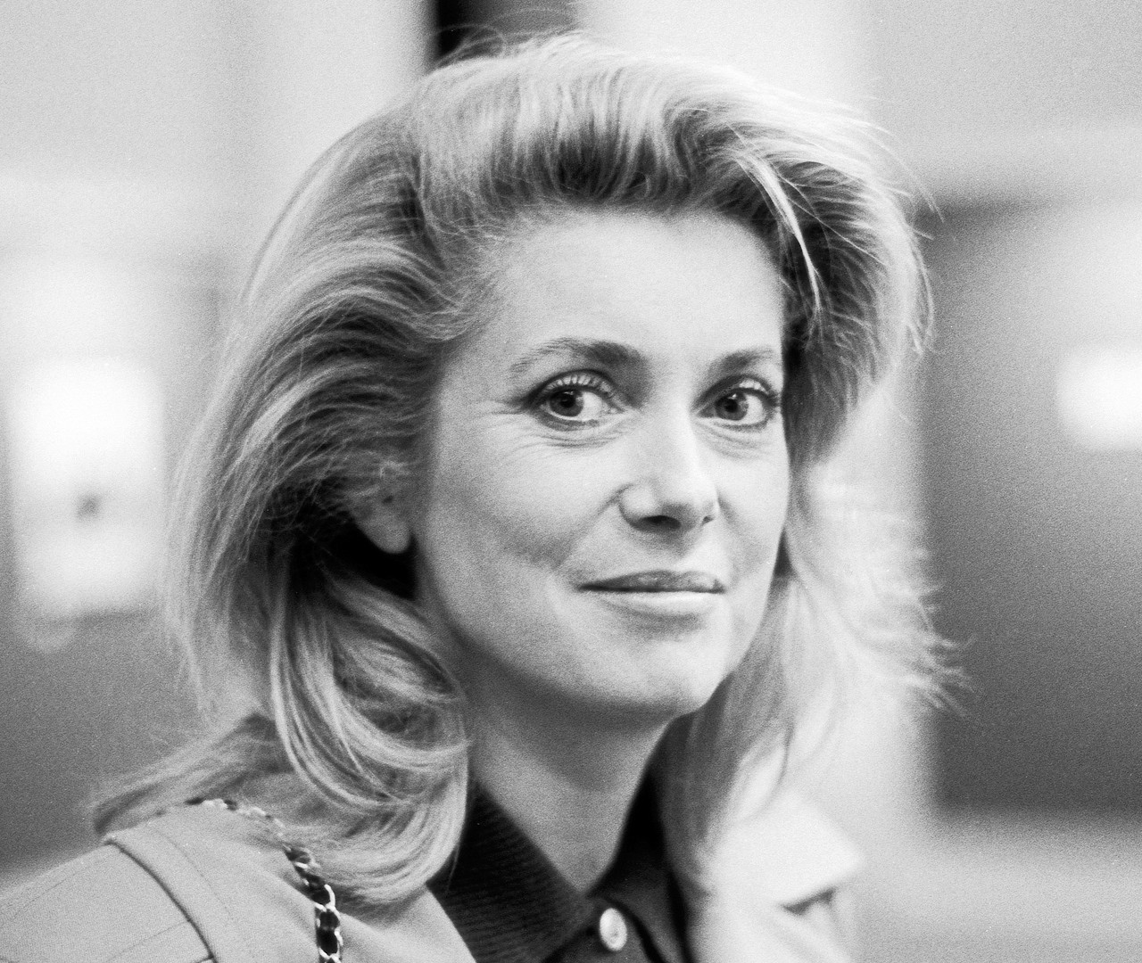 23 Catherine Deneuve. Paris 1985