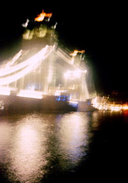 night near the bridgesm