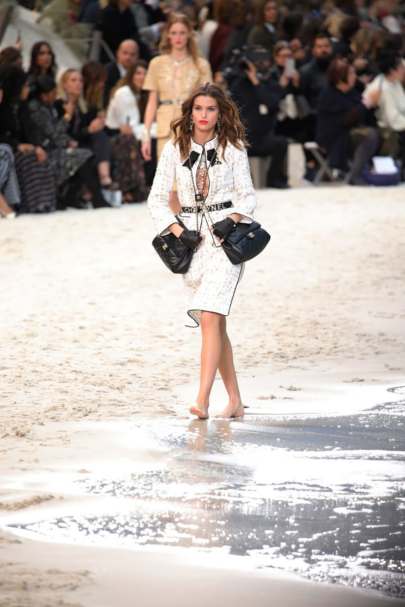 Chanel SS19, Photo Christian TARRO TOMA, Model Luna Bijl