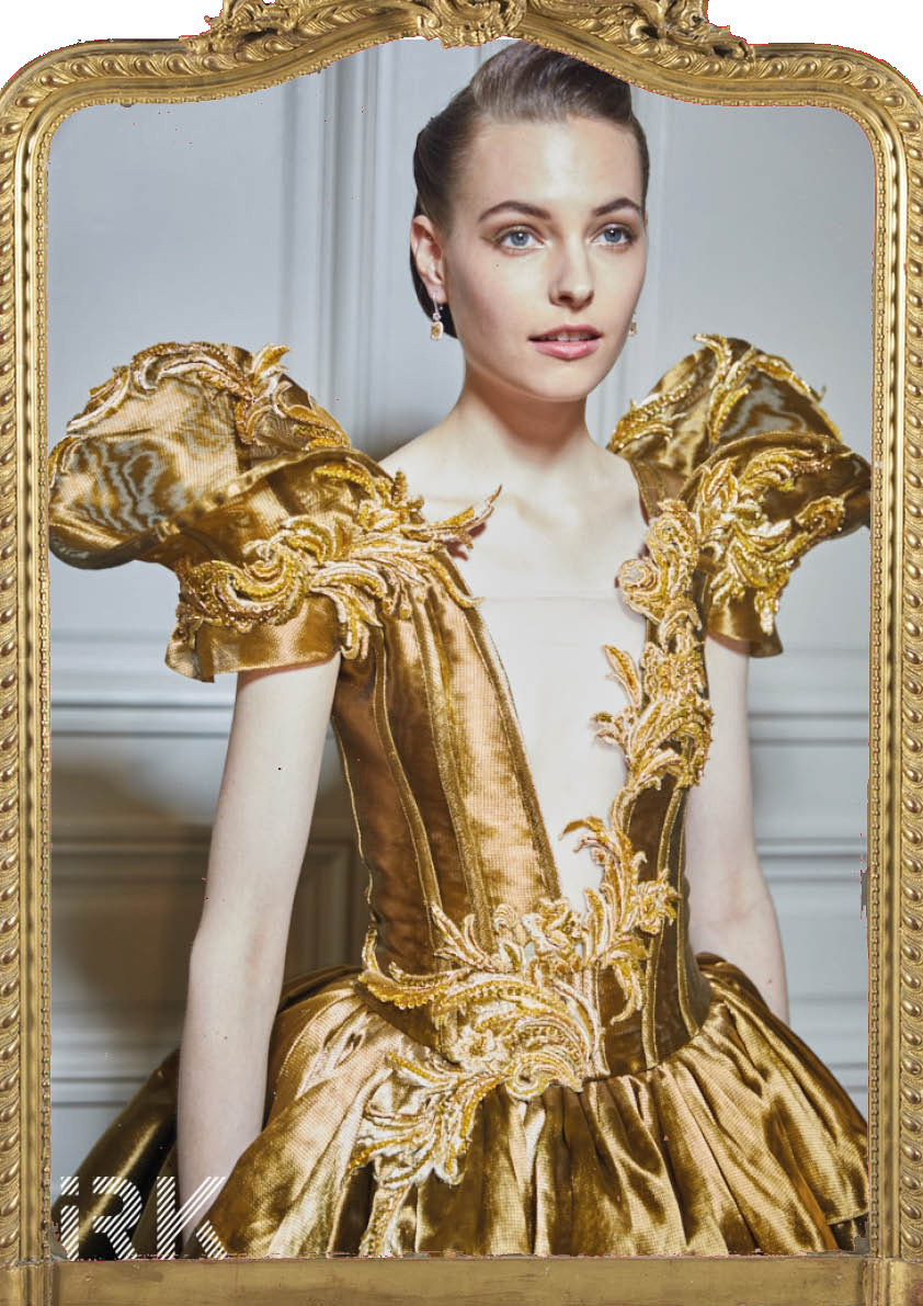 Guo Pei, Fall-Winter 2017 Haute Couture -Backstage Photos by Iris Brosch