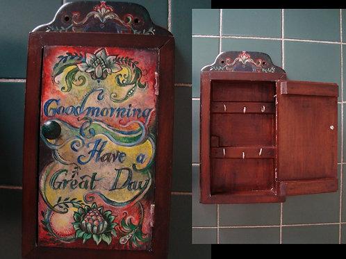 """Goodmorning"" small wooden key cupboard"